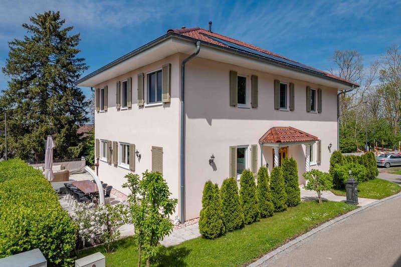 Ihr mediterranes Familienheim mit Bodenseeblick!