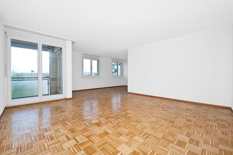 Grosszügig wohnen mit Sitzplatz (3)