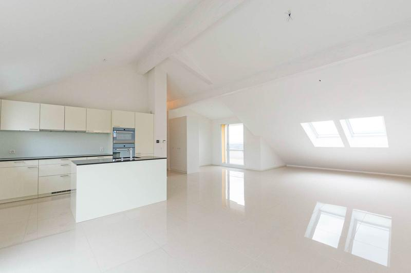 8 Appartements loués en attique au nord de Lausanne