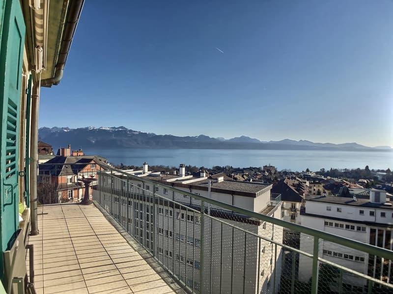 Appartement en attique de 6,5 pièces dans un quartier renommé à Lausanne