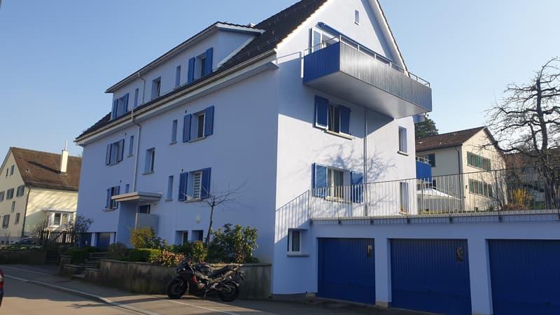 Attraktive 3.5 Zimmerwohnung mit grossem Balkon