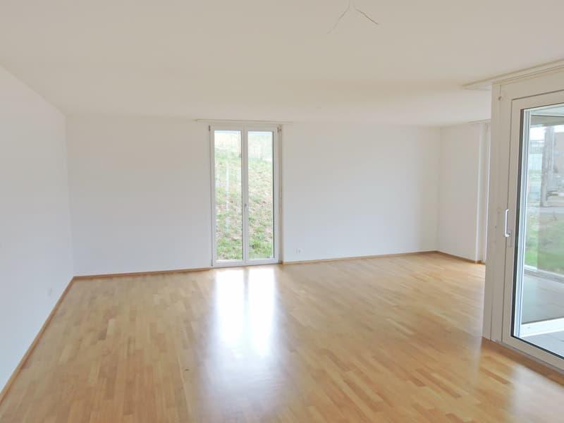 4.5 Zimmer-Wohnung mit grosszügigem Sitzplatz! (4)