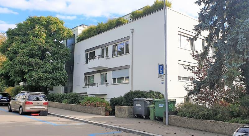 Garagenplätze am Zürichberg
