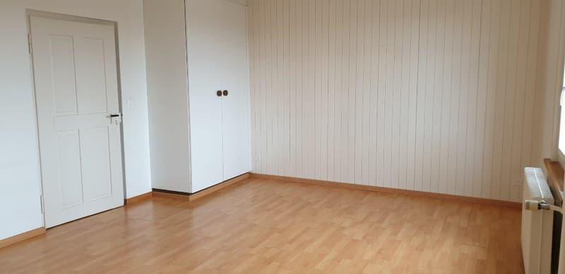 4,5 - Zimmer-Parterrewohnung mit separater Werkstatt (4)