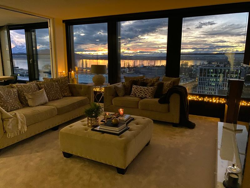 Superb 3,5 room apartment in Park Tower on the 11th floor.