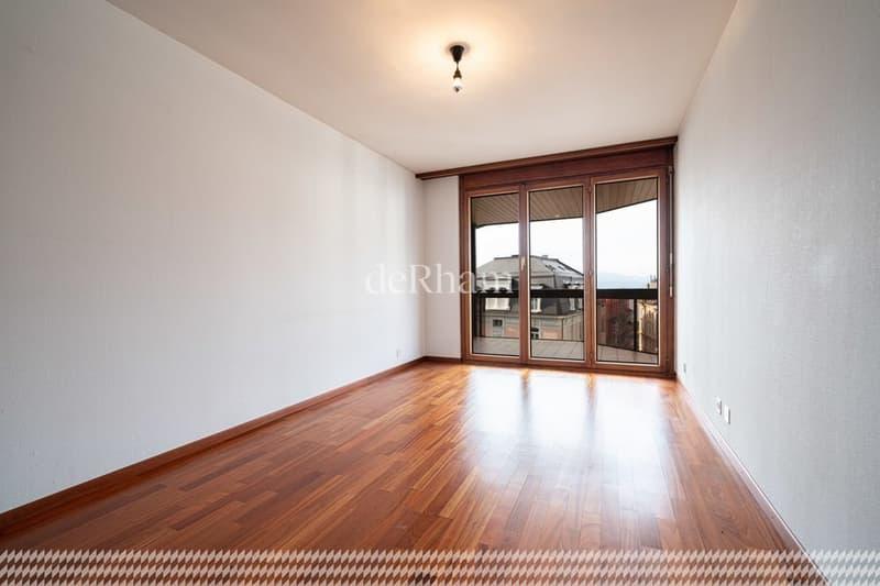 Quartier Mousquines 127 m2 en attique (3)