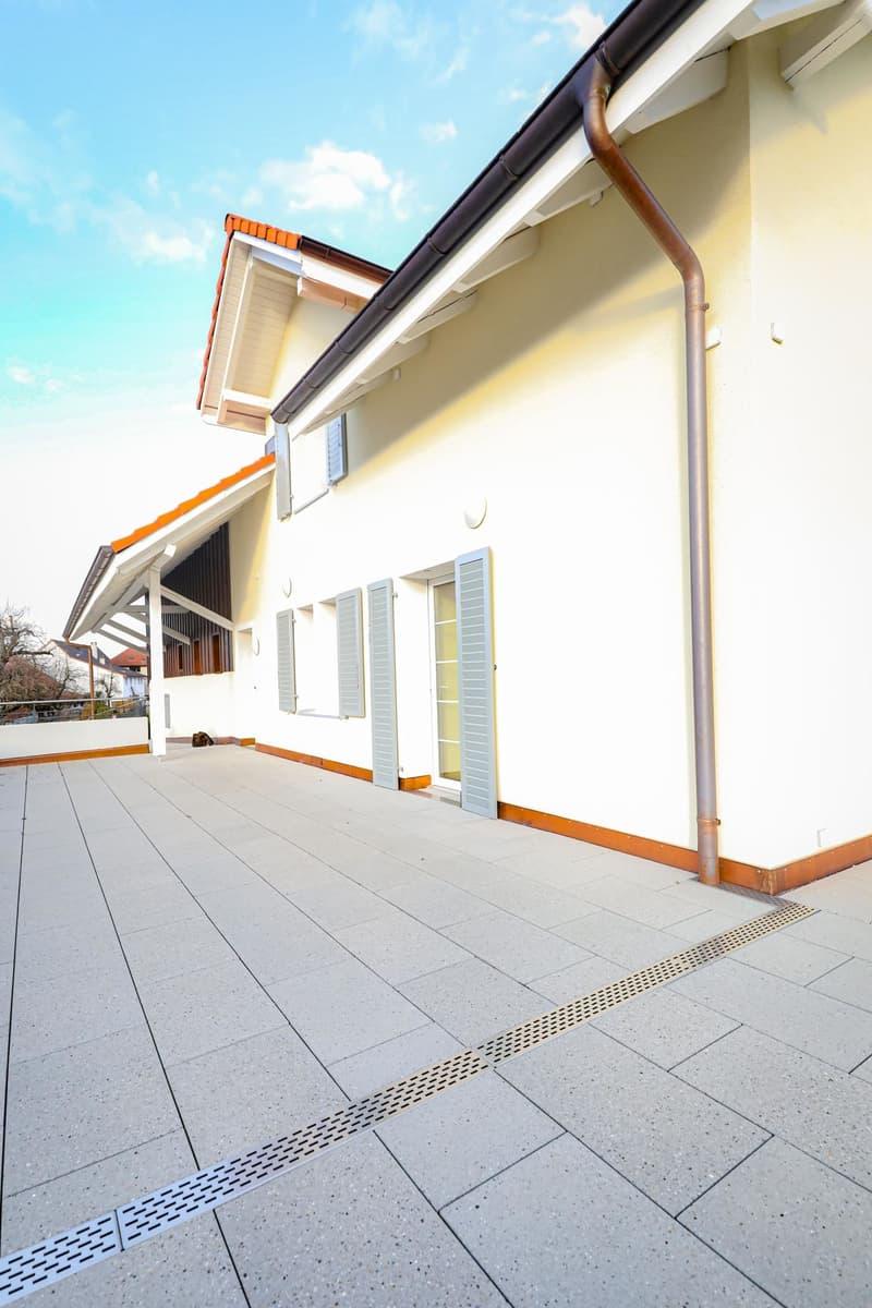 WOHNTRAUM - 4.5-Zimmer-Wohnung mit einzigartiger Aussicht! (3)