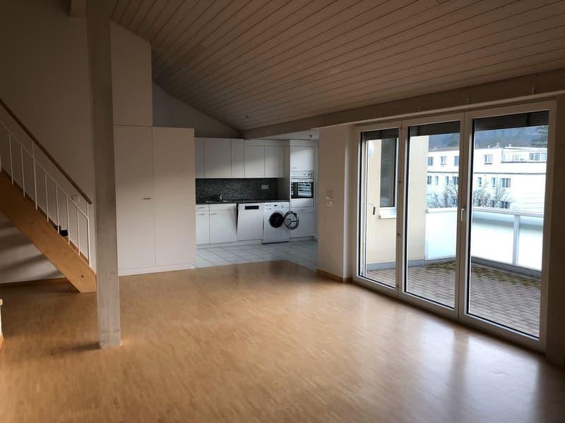 4.5 / 5.0 - Zimmer-Wohnung mit Galerie nah beim Greifensee.......
