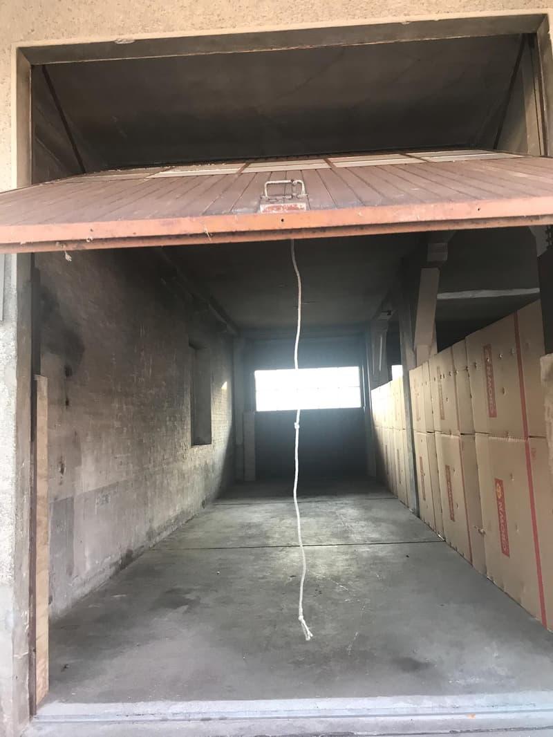 2 LKW Garagenplätze hintereinadner (3)