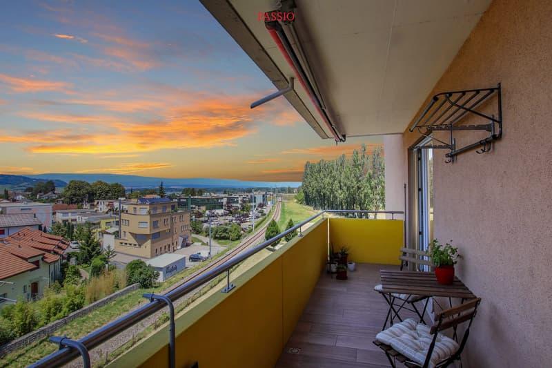 Exklusive, zentral gelegene 4.5-Zimmer-Wohnung mit See- und Jurasicht
