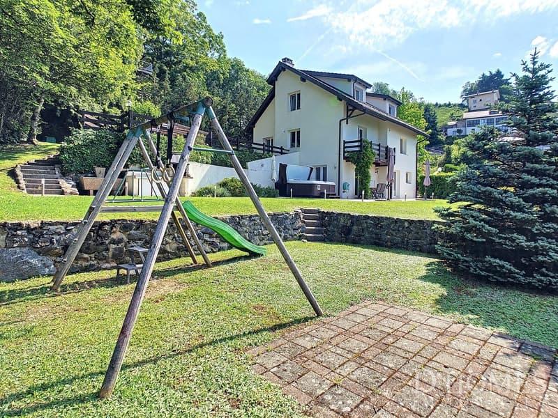 Magnifique villa de 7,5 pièces avec vue sur le lac et les Alpes (1)
