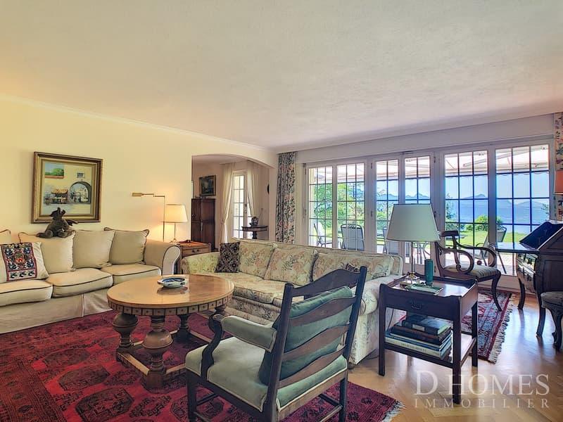 EN EXCLUSIVITE I Villa individuelle avec vue sur le lac et les Alpes (2)