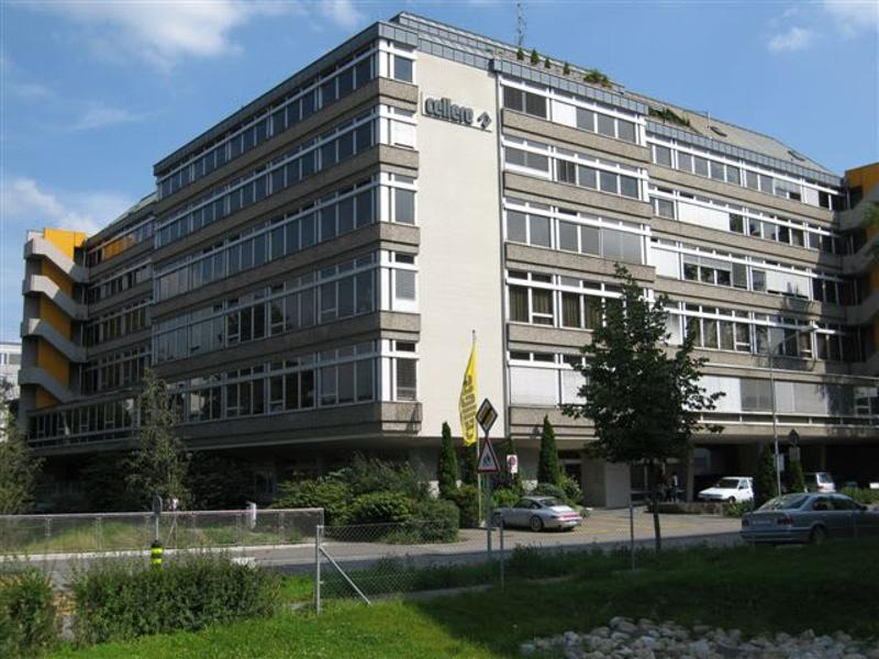 Helle Büroräumlichkeiten, 276,5m2 an zentraler Lage in Zürich-Oerlikon (1)