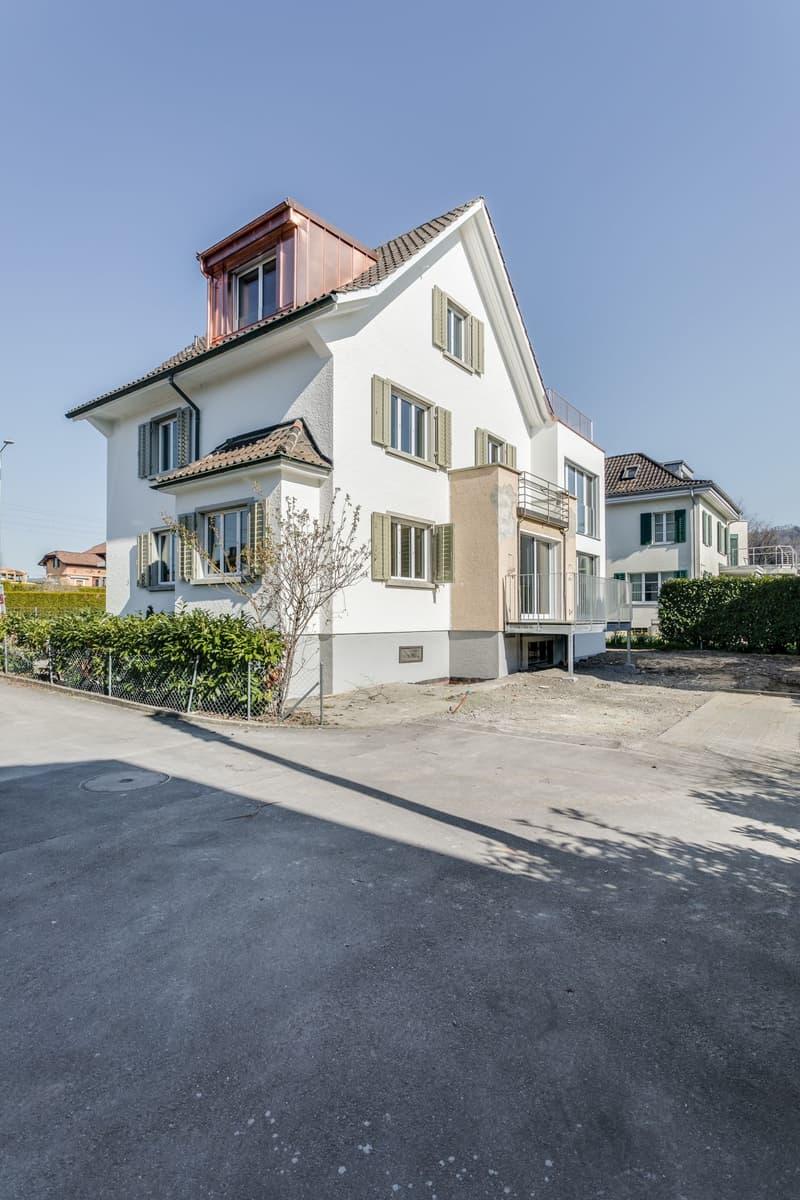 Hochwertig renoviertes 6.5-Zimmer-Einfamilienhaus im Herzen der Stadt Zug