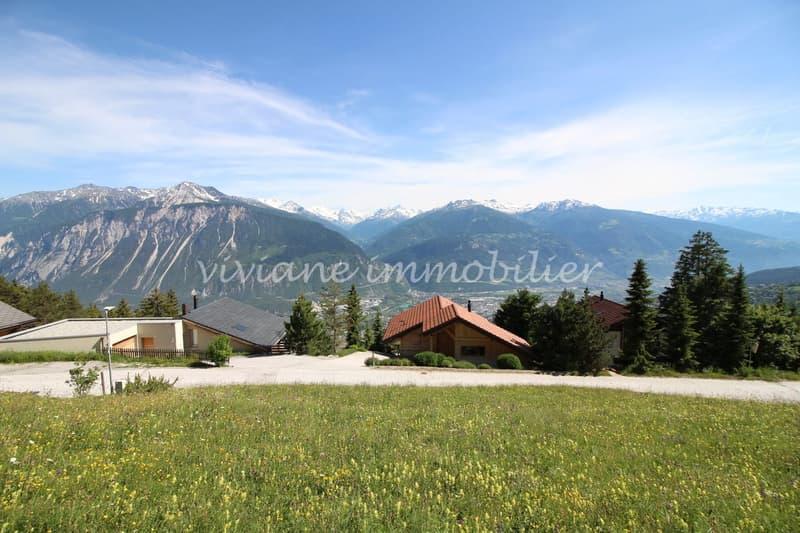 Belle parcelle à bâtir avec magnifique vue sur les Alpes