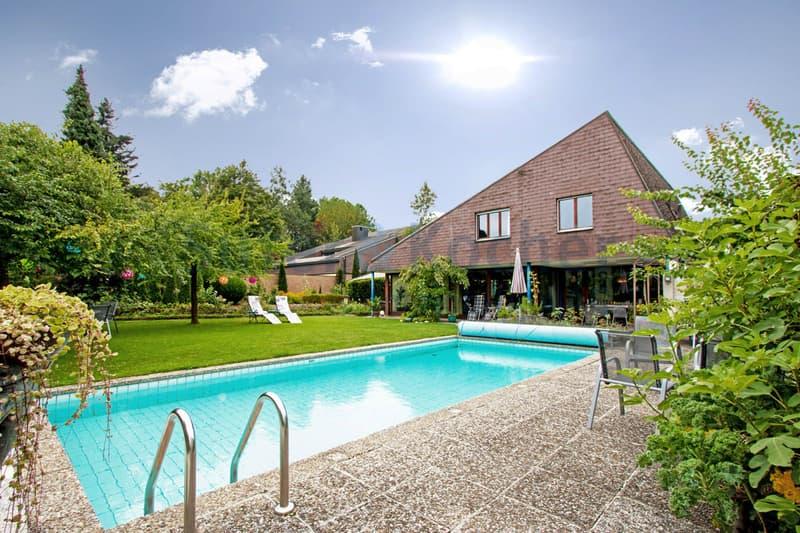 Burgdorfer Villa mit viel Umschwung und Pool auf dem Gyrisberg