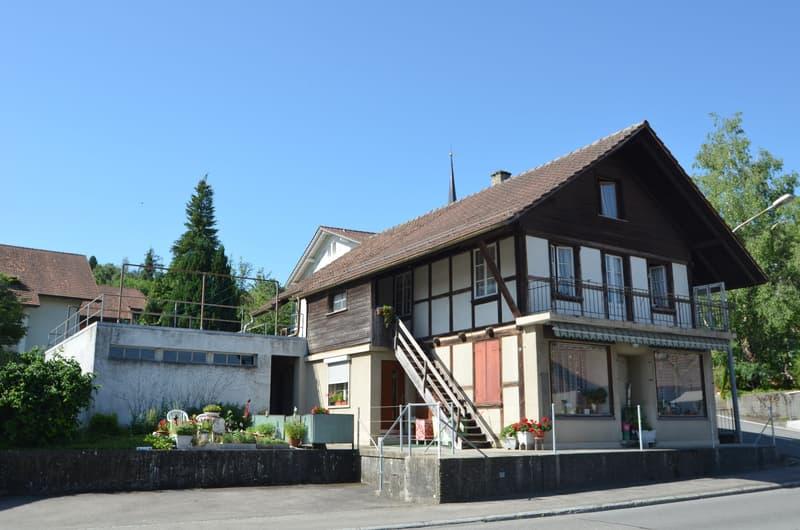 Wohnhaus zum Renovieren und zusätzliches Neubaupotenzial...