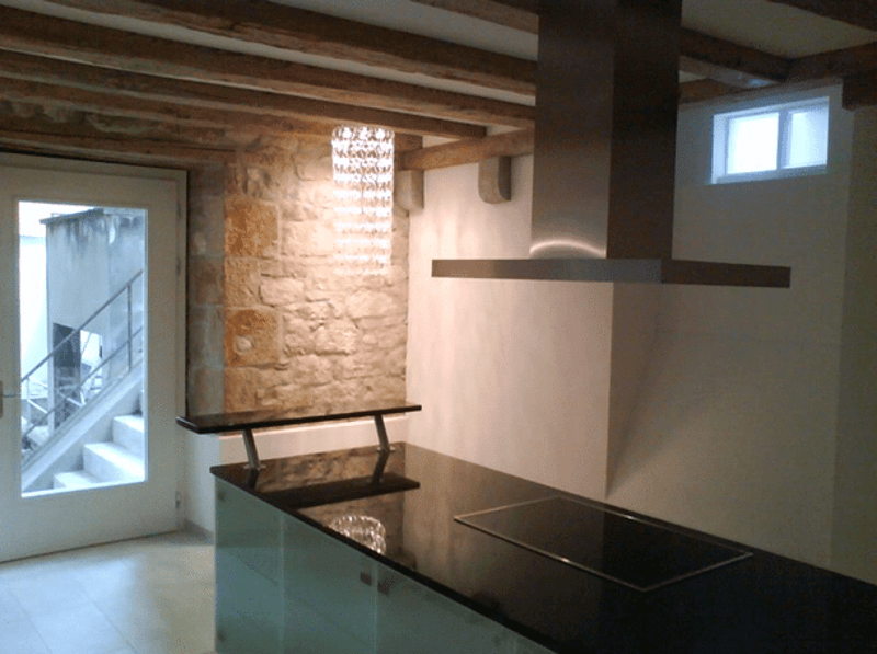 Recently renovated apartment with style (2)