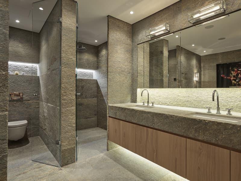 Aussergewöhnliche Wohnung in Bestlage mit 225 m² sowie Terrasse, Pavillon & Traumaussicht (3)