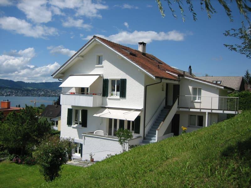 Sonnige 4 1/2 Zimmer Maisonette-Wohnung in charmantem 2 Familienhaus