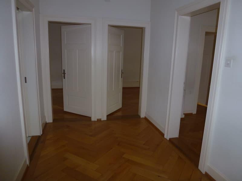 Stilvolle 3.5-Zimmer Altbau-Wohnung (3)