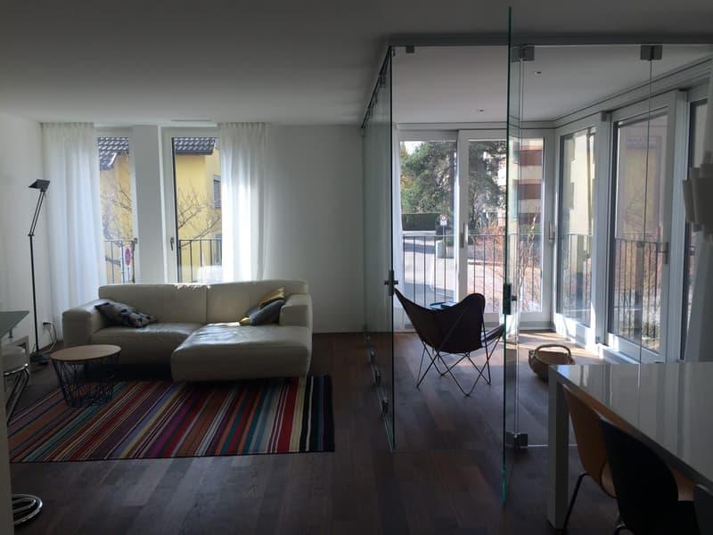 Moderne, voll möblierte Wohnung mit Blick ins Grüne und eigenem Waschraum im UG (3)