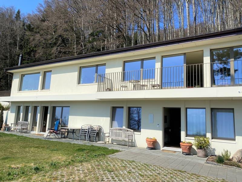 Magnifique villa 290 m2, 8.5 pces ou 2 grands appts 5.5 et 3.5 pces, vue lac et montagnes
