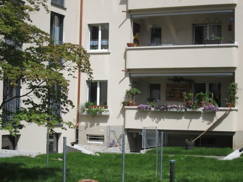 Schön gelegene 3-Zimmer-Stadtwohnung im Hochparterre (2)