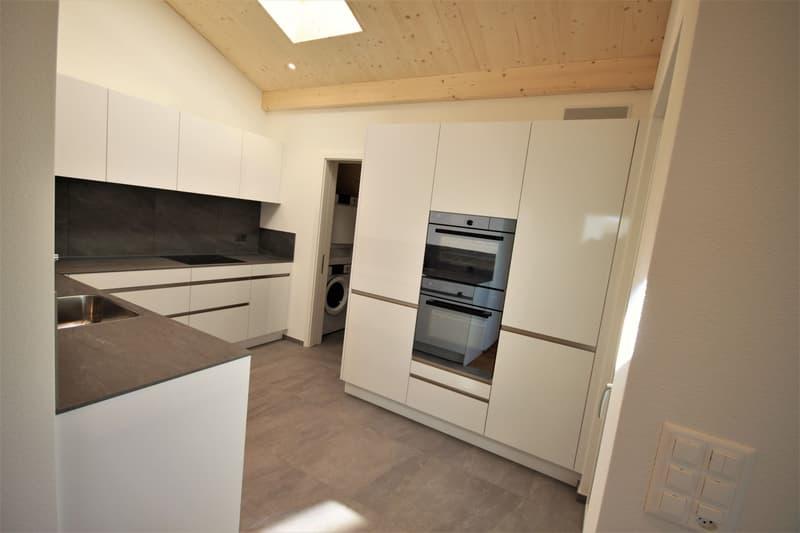 Moderne, attraktive 4 1/2 - Zimmer Eigentumswohnung im Dachgeschoss (4)