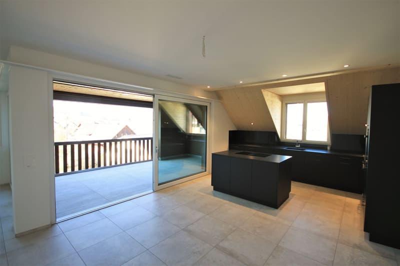 Moderne, attraktive 4 1/2 - Zimmer Eigentumswohnung im Dachgeschoss mit Estrich (3)