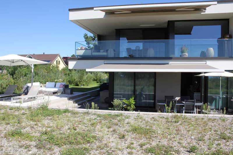 Luxus pur in moderner Maisonette-Wohnung. Wohnen wie im Einfamilienhaus mit direktem Seeanstoss (4)