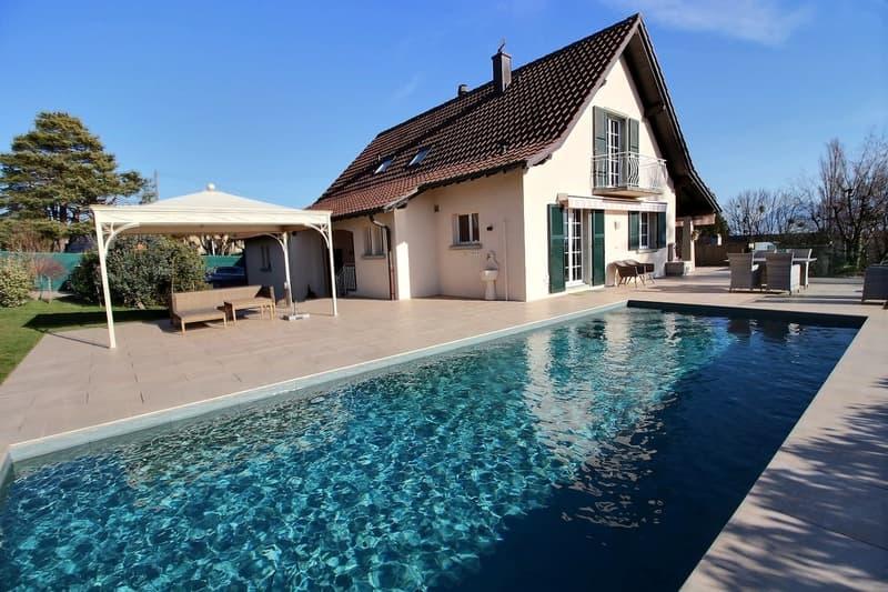 Superbe propriété avec vue sur le lac et piscine proche de Morges