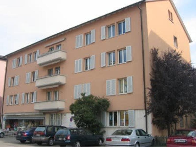 Grosse 3½ Zimmer-Wohnung mit Blick ins Grüne zentral in Pratteln (2)