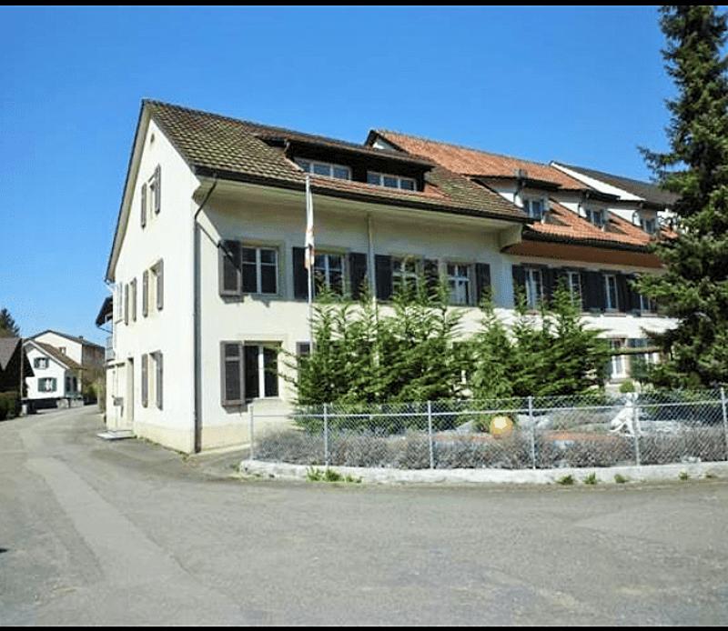 3 Familienhaus voll vermietet
