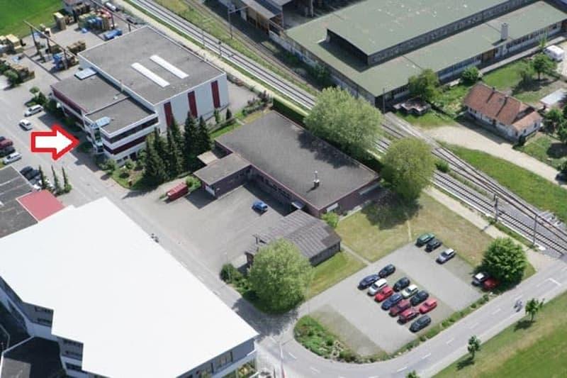 Gewerbe- und Industrieliegenschaft in Rohrbach (BE)