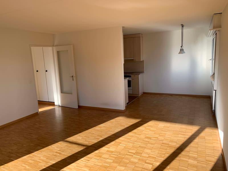Schöne 3 1/2 Zimmerwohnung mit 85 m2 Wohnfläche (1)