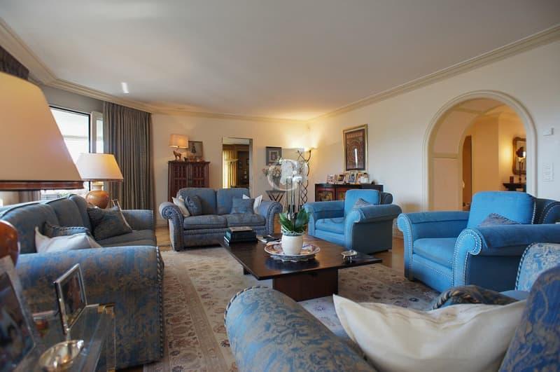 Superbe appartement de 9 pièces dans résidence de grand standing (3)