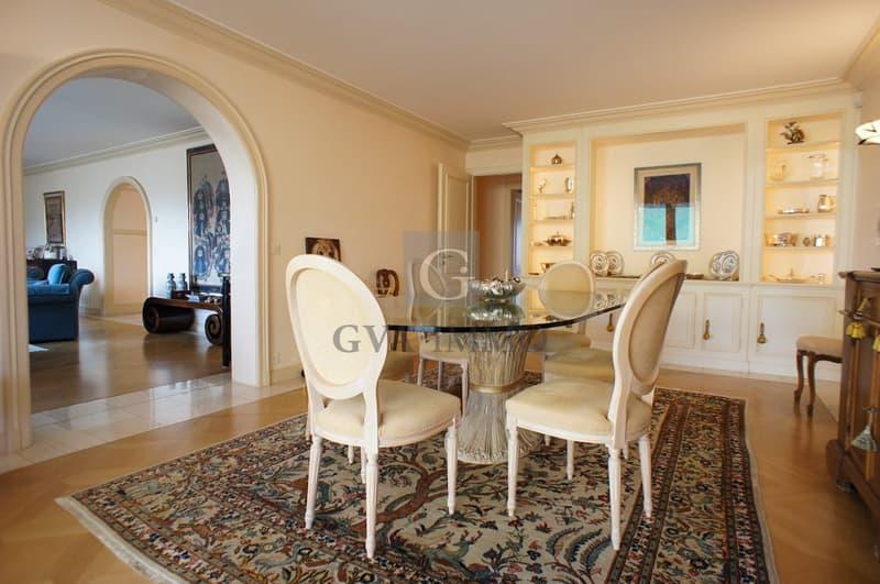 Superbe appartement de 9 pièces dans résidence de grand standing (4)
