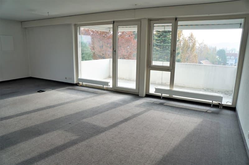 Zu verkaufen zentrale 3.5-Zimmerwohnung