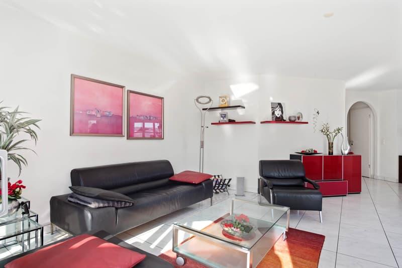 Schöne gepflegte 3.5 Zimmer-Wohnung mit Seesicht (4)
