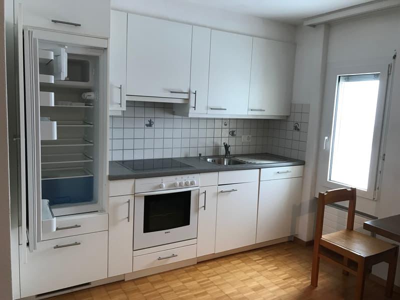 Zu vermieten in Bever im Sonnigen Engadin 1 Studio , sowie 2 Zimmer mit Etagenbad/Küche