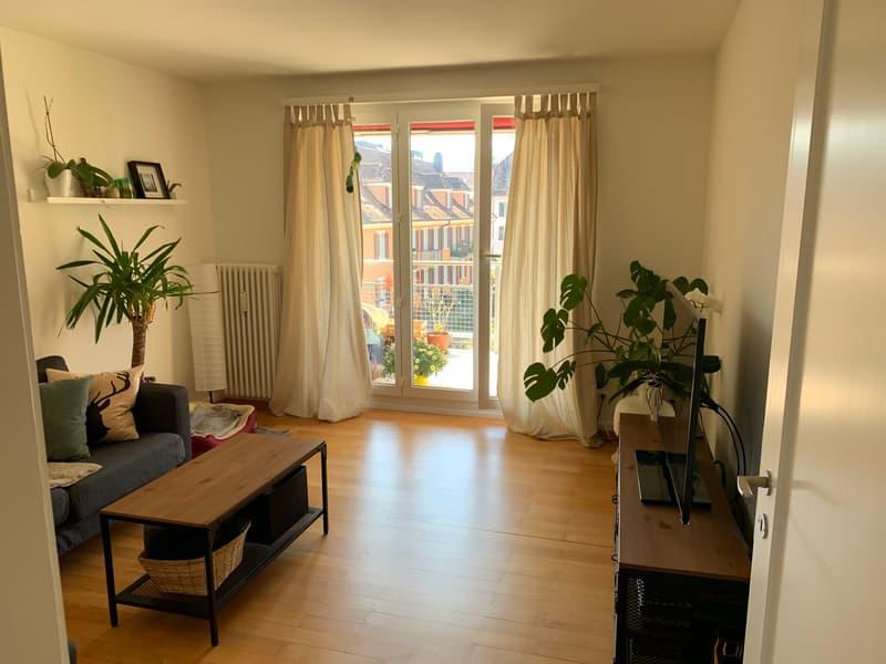 Zimmer mit Balkon (Wohnzimmer)