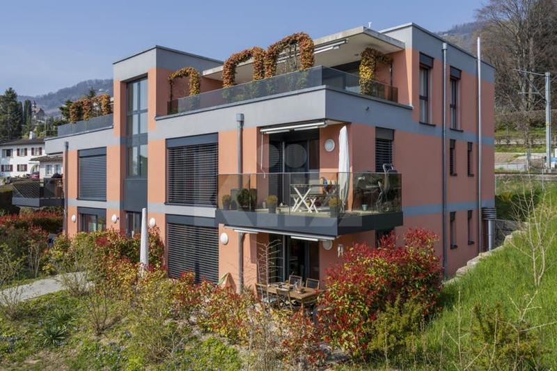 Très bel appartement moderne et chaleureux avec terrasse