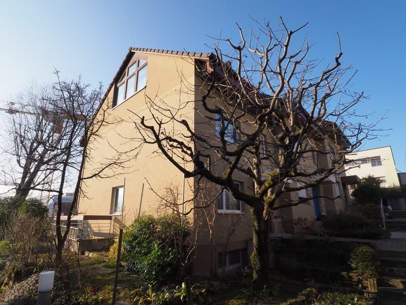 6.5-Zimmer Eckeinfamilienhaus mit Balkon, Garten und Garage