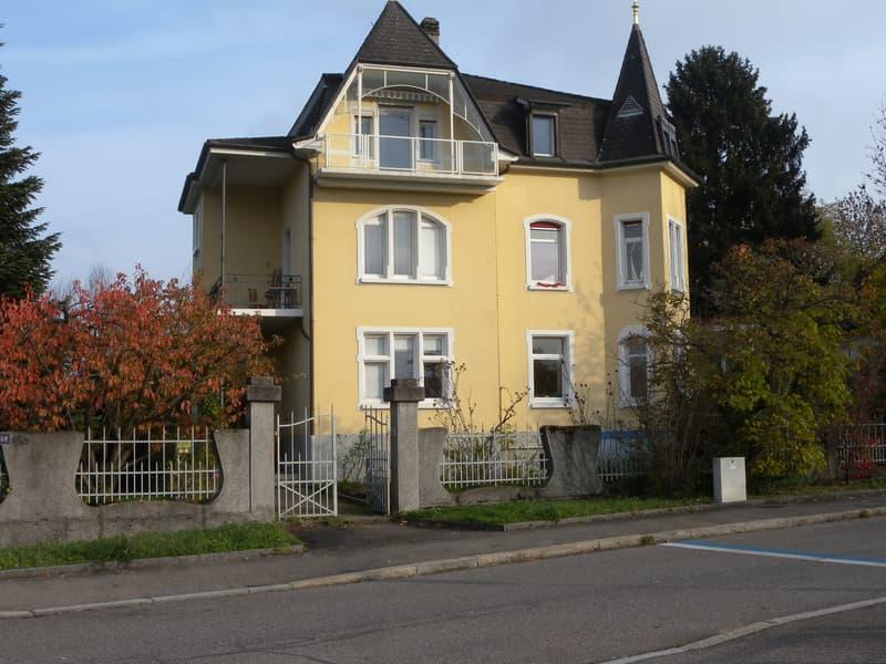 Hausansicht, die Wohnung befindet sich im 1. Obergeschoss