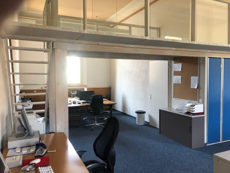 Therapie- oder Büroräumlichkeiten im ehemaligen Schulhaus (4)