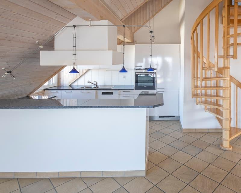 offene Küche Richtung Wohnzimmer