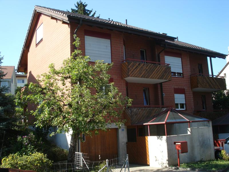 5 ½ Zimmer Familienhaus an sonniger Lage in Reinach