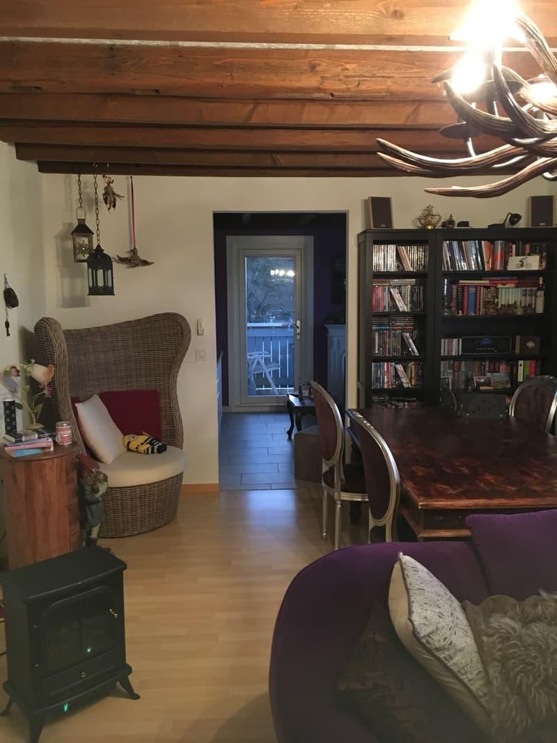 5.5 Zimmer 110 m2, 2 Balkone. Büro-Praxisraummöglichkeit mit sep. Eingang (2)
