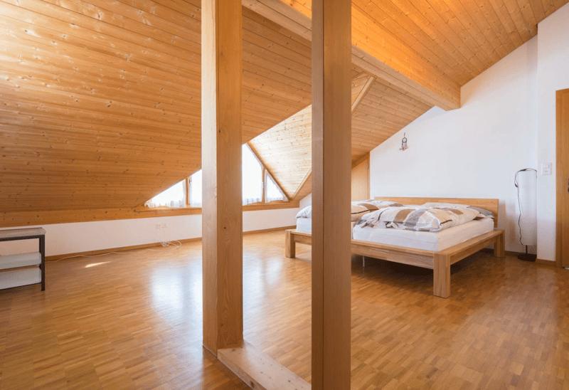 Repräsentatives 6.5-Zimmer-Einfamilienhaus mit 2.5-Zimmer-Einliegerwohnung (4)